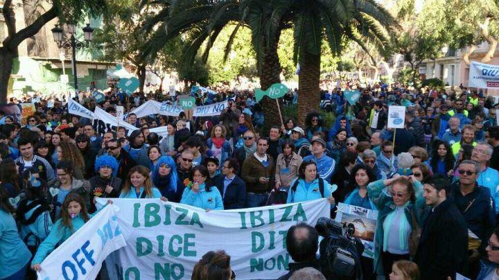 Manifestación en Ibiza 2014-02-22